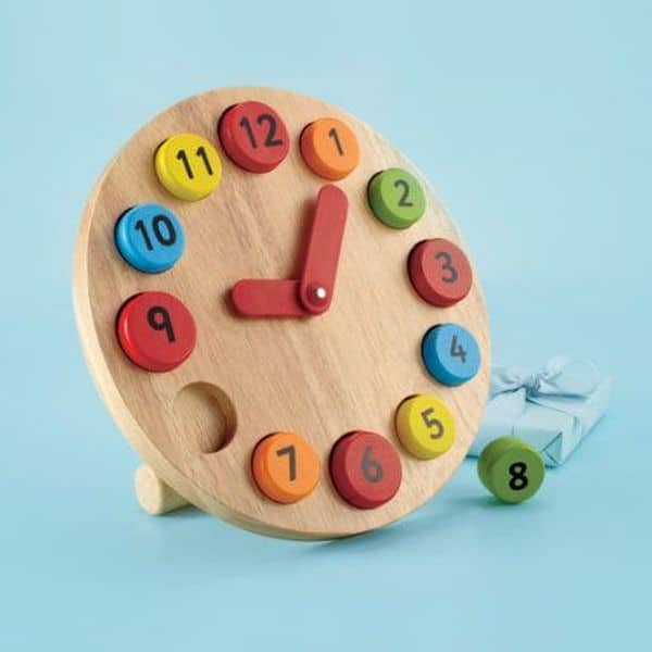 17 ideas on toys made of wood craft mybabydoo for Craft toys for kids